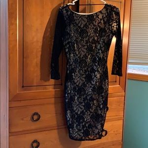 MODA backless black lace dress